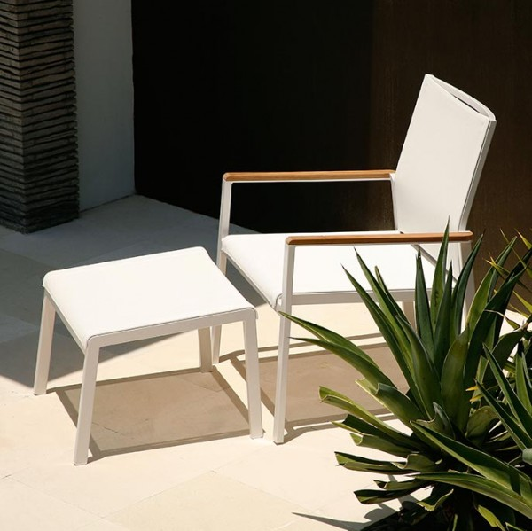 Barlow Tyrie Aura Deep Seating Armchair Arctic White