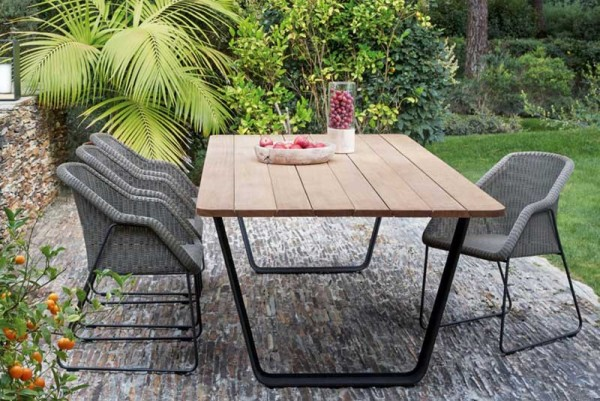 Manutti Air Dining Table 264 X 113 Lava Frame With