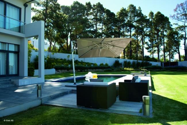 Glatz Sombrano Cantilever Parasol 3m X 3m Square Including