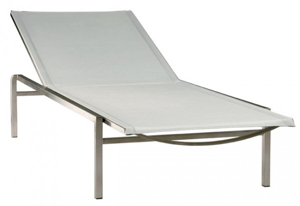 Barlow Tyrie Quattro Lounger Pearl